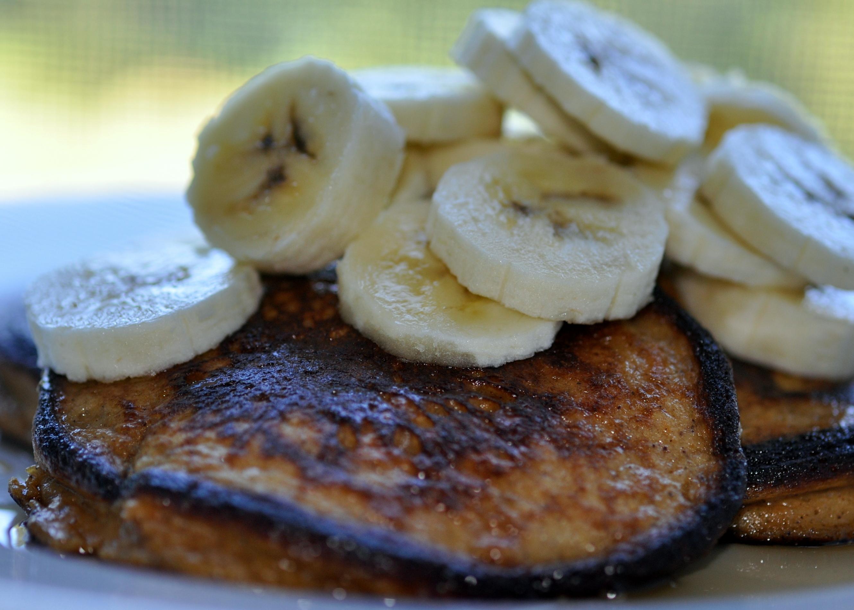 paleo sweet potato pancakes | Paleo Feet